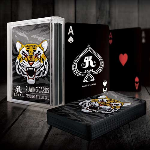 黑色酷炫撲克牌